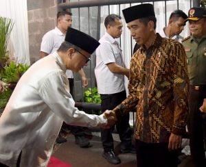 Jokowi Hadiri Buka Puasa Bersama di Rumah Dinas Zulkifli Hasan 1