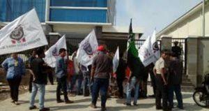 Terkait PTSL, Warga Siap Geruduk BPN Jakut dan Lapor ke Dewan 113