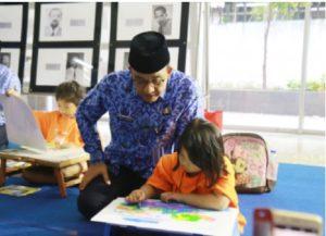 Anies: Orang Tua Berperan Besar Menggugah Anak Rajin Membaca 113
