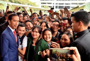 Jokowi Ingin Wirausaha Mahasiswa Bangkit Kejar Ketertinggalan 102