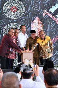 Presiden Jokowi Resmikan Bandara APT Pranoto dan Maratua di Kaltim 114