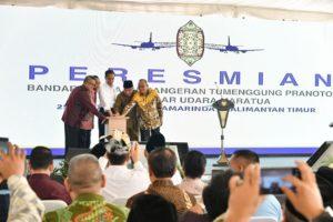 Presiden Jokowi Resmikan Bandara APT Pranoto dan Maratua di Kaltim 113