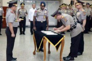 Kapolri Lantik Tomsi Tohir Sebagai Kapolda Banten 113