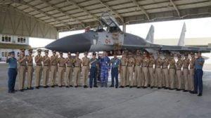 Taruna AAL Angkatan 66 Kunjungi Pesawat Tempur dan Pengintai 113