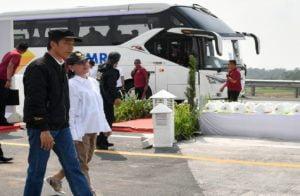 Naik Bus, Presiden & Ibu Negara Jajal Tol Trans Jawa 113