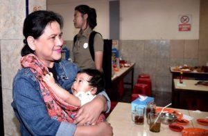 Presiden Bersama Keluarga Mampir di RM Kelapa Gading 113