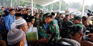 Kunjungan Komandan Kodiklat TNI AD di Kebumen: Ini Murni Sosial yang Bermanfaat 113