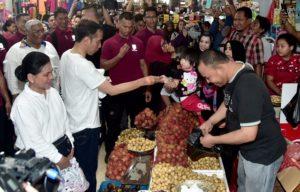 Blusukan ke Pasar Kendari Presiden Sebut Harga Stabil 113