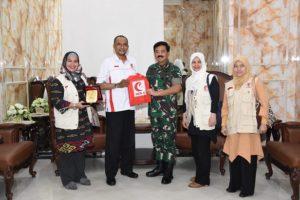 Panglima TNI Terima Kunjungan Ketua Presidium MER-C 113