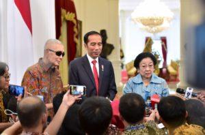 Megawati dan Try Sutrisno Ucapkan Selamat kepada Presiden Jokowi 113