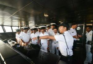KN Tanjung Datu-301 Open Ship di India 114