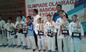 SDN Sungai Bambu 05 Raih Juara II Olimpiade - Karate Putri 1