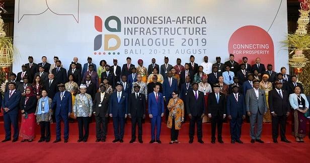 Presiden Jokowi Sebut Indonesia Sahabat Terpercaya di Pembukaan IAID 2019 2