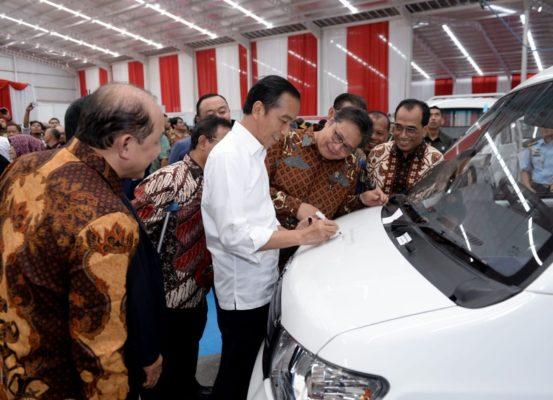 Resmikan Pabrik Esemka, Jokowi: Saya Mendukung Pengembangan Industri Otomotif Nasional 101