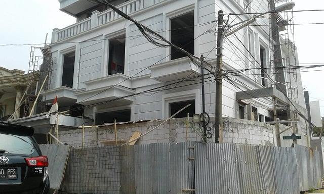 """Bangunan Rumah Tinggal Salahi Aturan, """"Dibongkar Cantik"""" 1"""