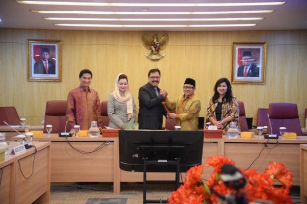Parlemen Tetapkan 5 Pimpinan BURT DPR RI Periode 2019-2024 113