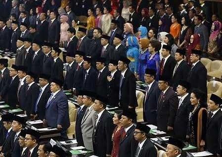 Rincian Gaji dan Tunjangan Anggota DPR Fantastis 113