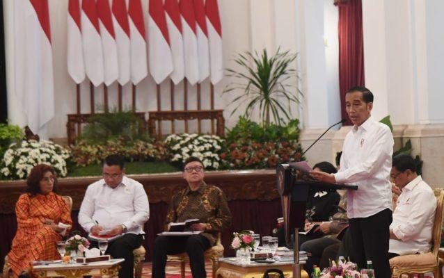 Presiden Jokowi Apresiasikan Menteri di Sidang Kabinet Paripurna 113