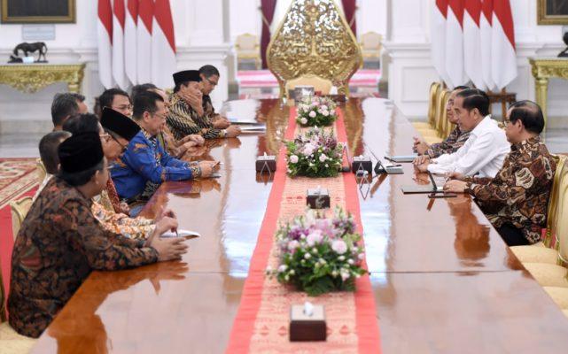 Terima Pimpinan MPR, Presiden Ingin Pelantikan Khidmat dan Sederhana 112