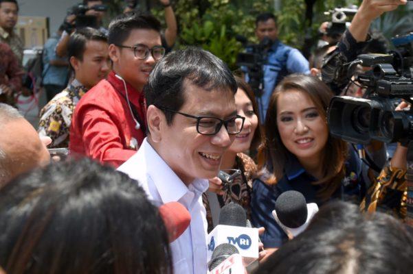 Presiden Jokowi Panggil Sejumlah Tokoh ke Istana 108