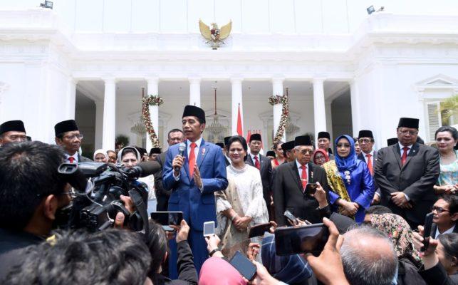 Usai Lantik Menteri, Presiden Jokowi Langsung Kerja 103