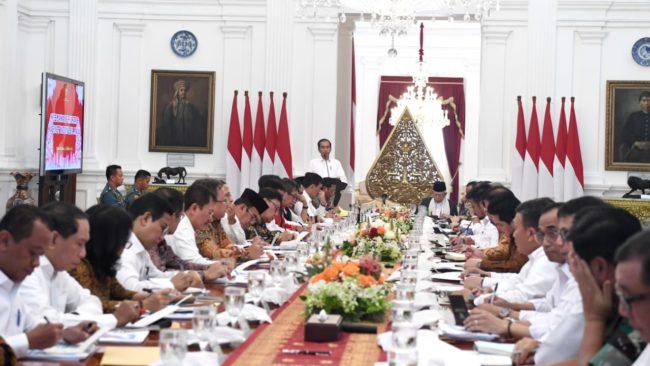 Presiden Jokowi Pimpin Sidang Paripurna Pertama Kabinet Indonesia Maju 114