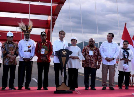 Presiden Jokowi Resmikan Jembatan Youtefa Jadikan sebagai Momentum Papua Bangkit Maju 113
