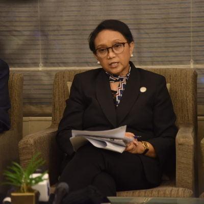 Hari Ini Presiden Jokowi Tinjau Hyundai, Menlu: Pemerintah Korsel Dorong Investasi ke Indonesia 113