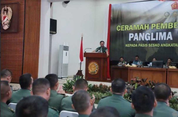 Panglima TNI : Operasi TNI Tidak Hanya Mengandalkan Metode Peperangan Konvensional 101