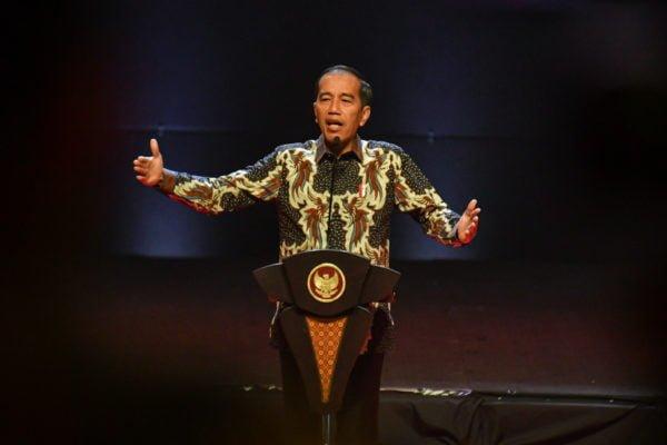Presiden Jokowi: Jangan Ada Kebijakan Yang Dikriminalisasi 113