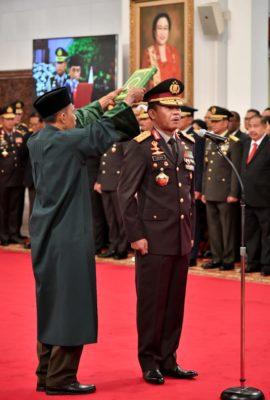 Presiden Jokowi Lantik Idham Aziz Sebagai Kapolri 112