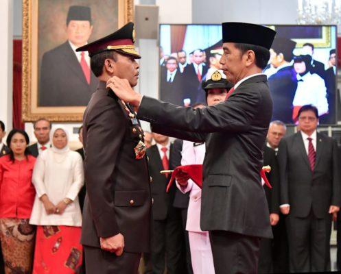 Presiden Jokowi Lantik Idham Aziz Sebagai Kapolri 113