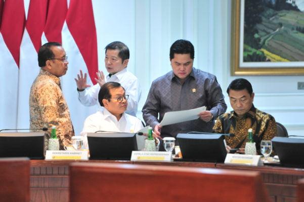 Untuk Industri Padat Karya, Presiden Jokowi Minta Insentif Perpajakan Yang Bisa Memberikan 'Tendangan' 113