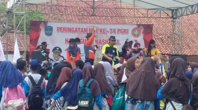 PGRI Kecamatan Padaherang Peringati HGN dan HUT PGRI ke-74, Kadisdikpora Pangandaran Hadir 101
