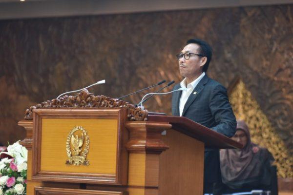 Sidang Paripurna DPR Setujui Idham Azis Jabat Kapolri 111