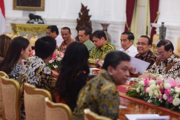 Tingkatkan Ekspor Tekstil, Presiden Jokowi: Kita Sudah Mulai Siapkan 'Apparel Park' 113