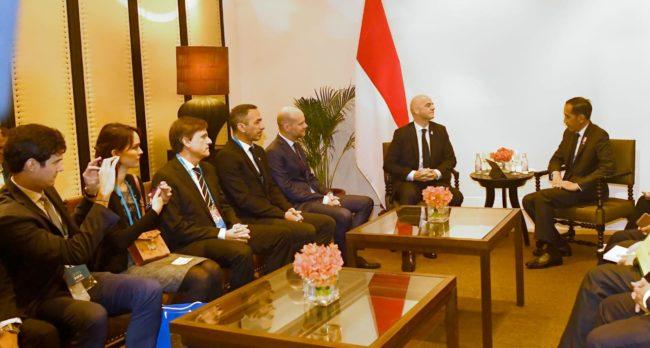 Presiden Jokowi Saat Bertemu Presiden FIFA : 10 Stadion Kami Siapkan untuk Piala Dunia U-20 112