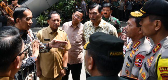 Presiden Jokowi: Tak Ada Toleransi bagi Oknum Aparat yang Halangi Kebijakan dan Inovasi 114