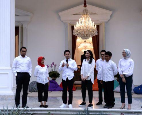 Presiden Jokowi Kenalkan 7 Milenial sebagai Staf Khusus Baru 114