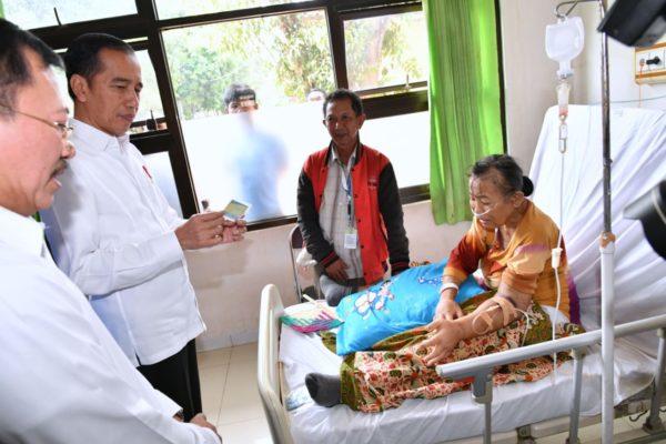 Presiden Jokowi Sidak Pelayanan BPJS di Subang 113
