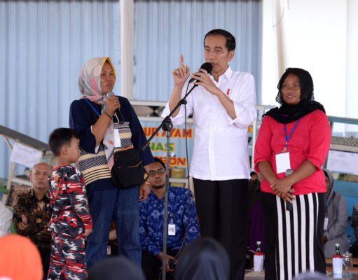 Presiden Ingatkan Nasabah Mekaar untuk Disiplin Mengangsur 113