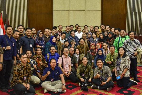 Presiden Jokowi : Akan Direstrukturisasi, Soal Asuransi Jiwasraya Bukan Masalah Ringan 113