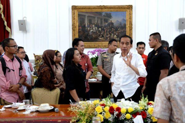Presiden Jokowi Berharap Staf Khusus Beri Kontribusi Inovasi Pada Kebijakan Pemerintah 113