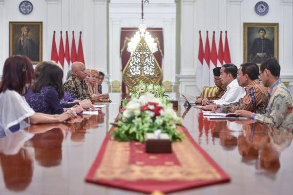 Presiden Jokowi : 100 Ribu Orang Meninggal Per Tahun, Siapkan Payung Hukum Pemberantasan Penyakit TBC 113