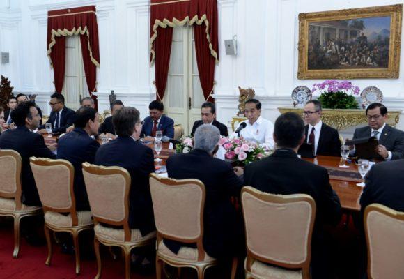 Presiden Jokowi Terima Dewan Bisnis AS-ASEAN Bahas Pertumbuhan dan Pemerataan Ekonomi 114