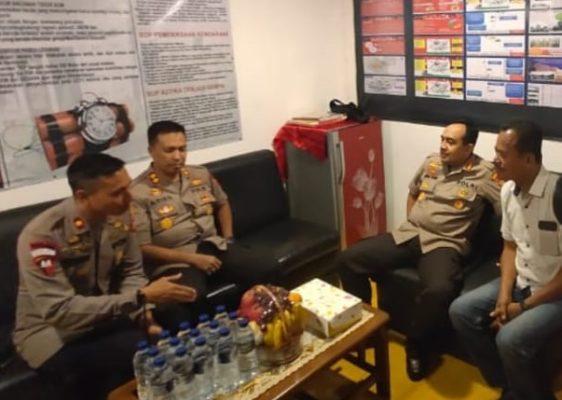Kombes Budhi Herdi Susianto Cek Keamanan Sejumlah Gereja di Jakarta Utara 111