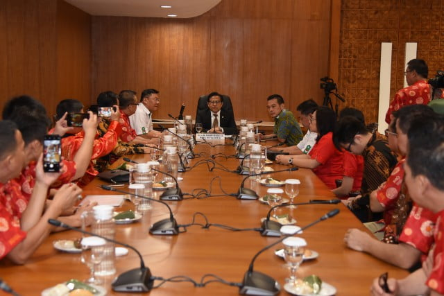 DPR RI : Muhaimin Iskandar Dukung Perayaan Imlek 2020 Berjalan Sukses 101