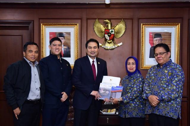 Azis Syamsuddin Imbau Ombudsman Awasi Kualitas Layanan Publik 101