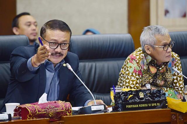 DPR RI Komisi VI : Komisi VI Bahas Tuntutan Gubernur Babel Terhadap Saham PT. Timah 113