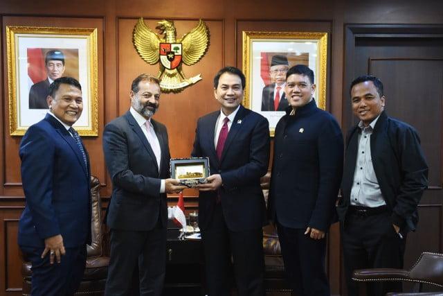 Kerja Sama Indonesia dengan Banyak Negara dalam Rangka Membangun 'Soft Power' 101